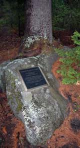 Plaque along Shore Path (photo by Ben Kimball for NH Natural Heritage Bureau)