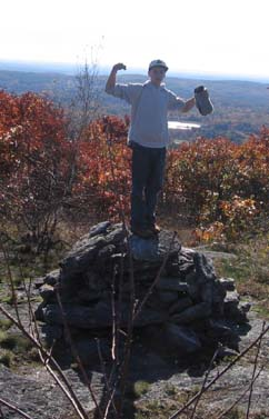 Triumphant hiker (photo by Dennis Marchand)