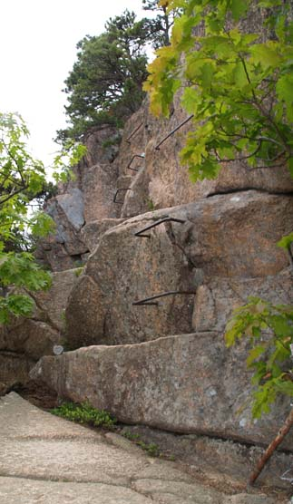 Iron climbing rungs on Beehive Trail (photo by Webmaster)
