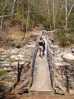 Bridge on Lincoln Woods Trail crossing Franconia Brook (photo by Webmaster)